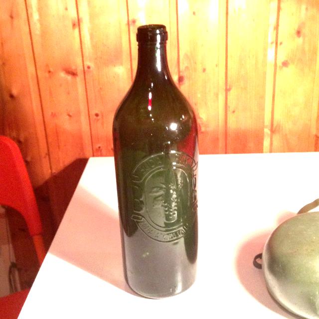 Budafoki Borpalackozó Vállalat BB literes borosüveg borospalack)