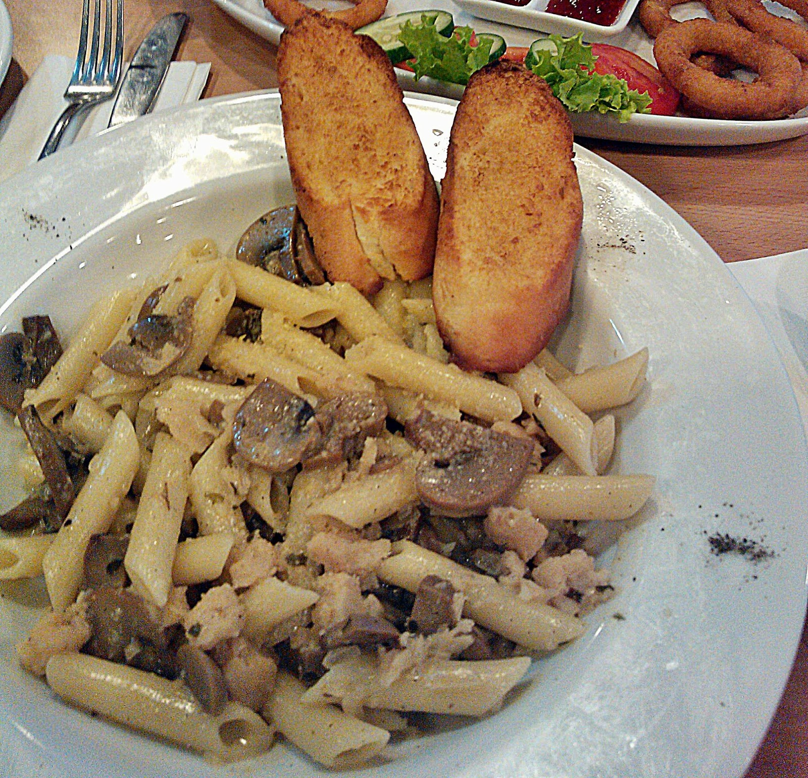 Dhanmondi Kitchens Chicken Mushroom Pasta From Pizza Hut