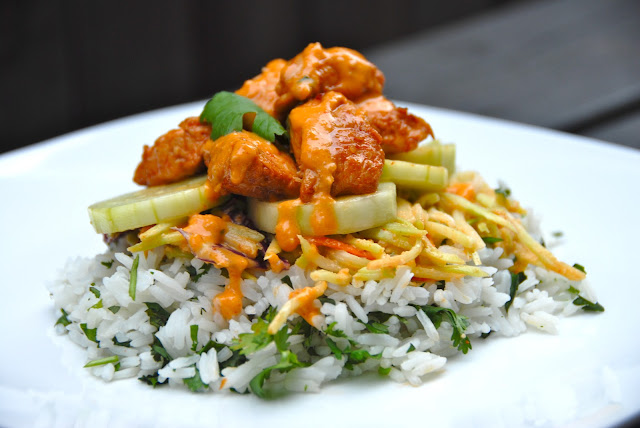spicy thai chicken tower jasmine rice peanut sauce