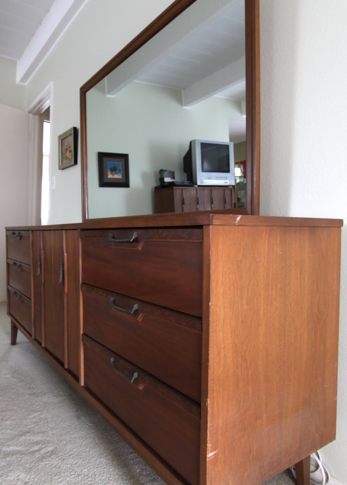 lenoir house bedroom furniture  broyhills second cousin  midcentury modern remodel