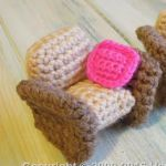 https://www.happyberry.co.uk/free-crochet-pattern/Dolls-House-Furniture---Armchair/5154/