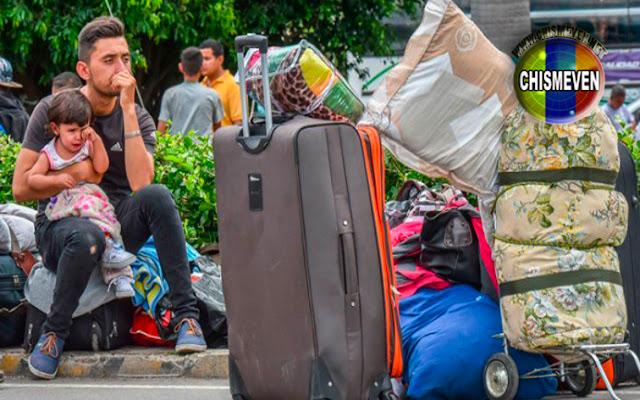 Colombianos trafican venezolanos ilegales - Los venden de a docena