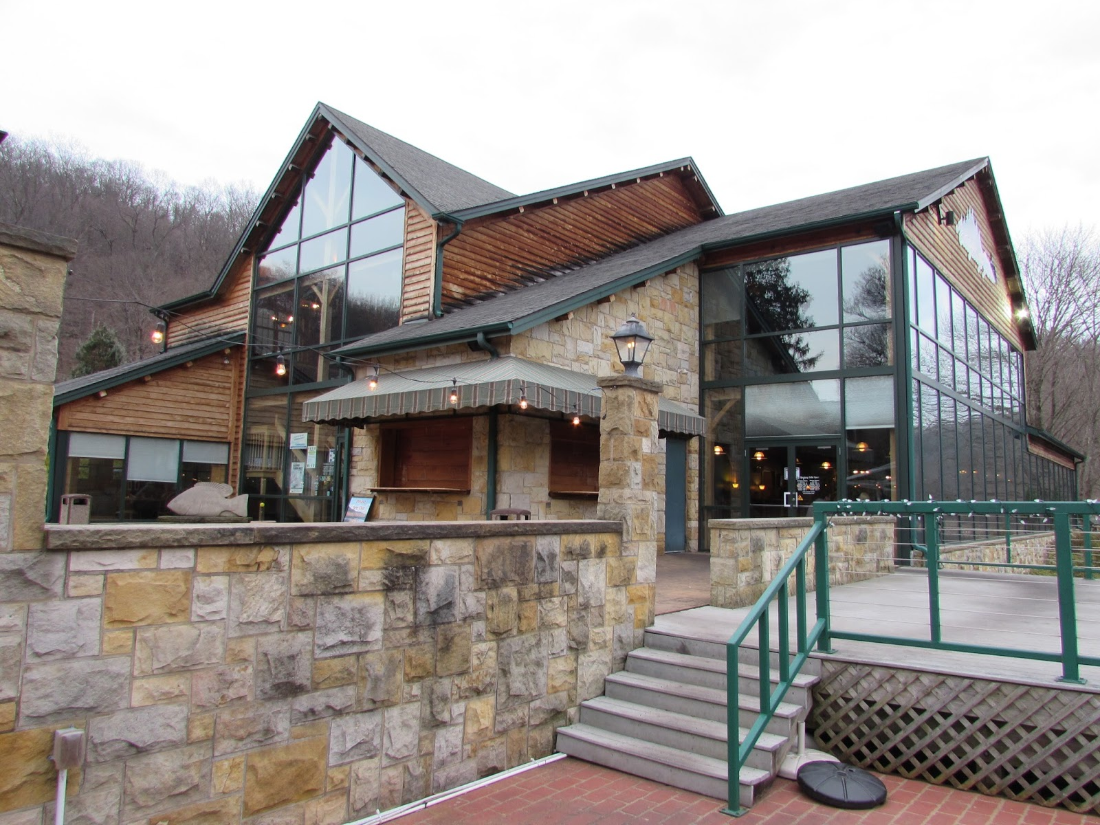 Allegheny Grille: Foxburgs Riverside Restaurant with Good