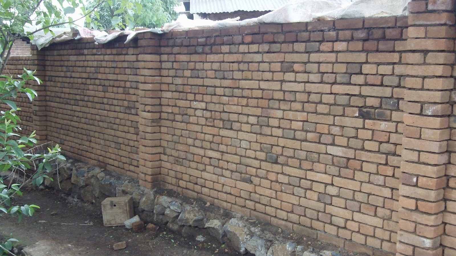 Alternative Building Construction Just A Garden Wall With