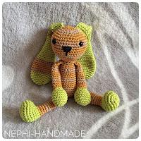 Nephi-Handmade: gehäkelte Hasen, crochet rabbit