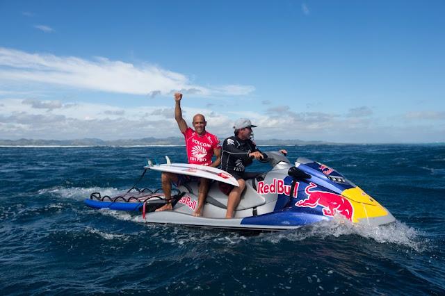 Kelly Slater celebrando la victoria en el Volcom Fiji Pro - Photo: Bielmann ASP