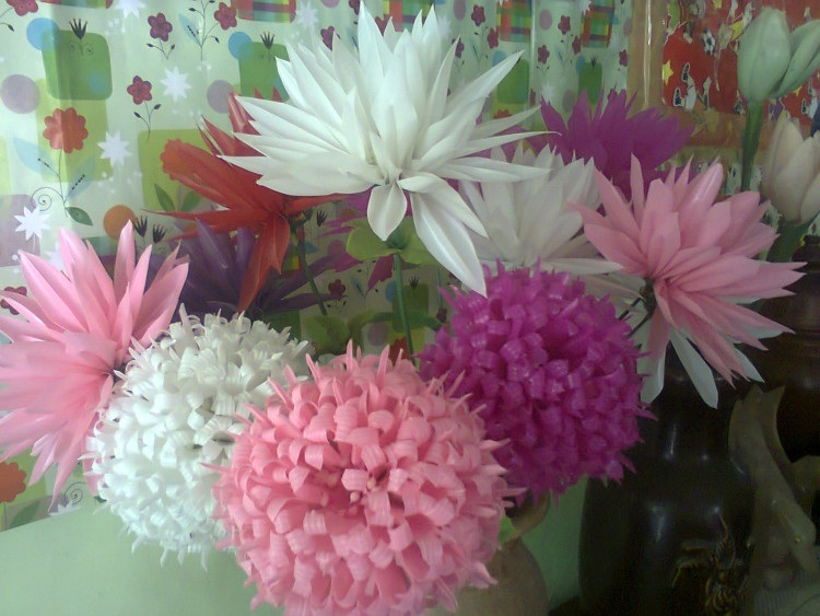 Bunga Dari Sedotan Plastik Bekas Mengolah Limbah Jadi Rupiah 168688f06f