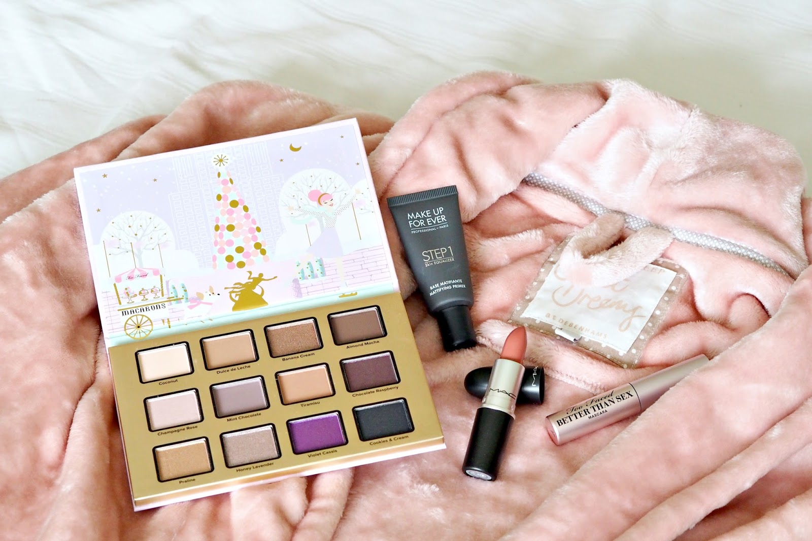 What To Buy A Beauty Blogger For Christmas In Conjunction With Debenhams