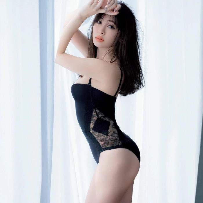 [MAQUIA] 2020.06 小倉優香 小嶋陽菜