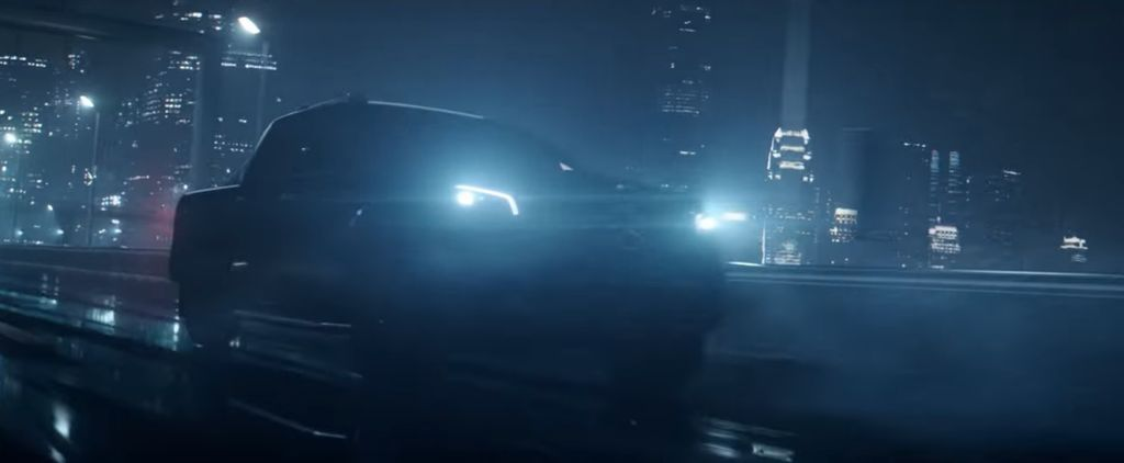 Mercedes X-Class Đời Mới ra mắt