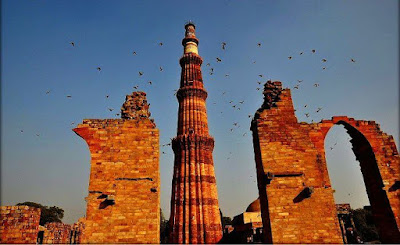Best places to visit In Delhi, Qutub Minar