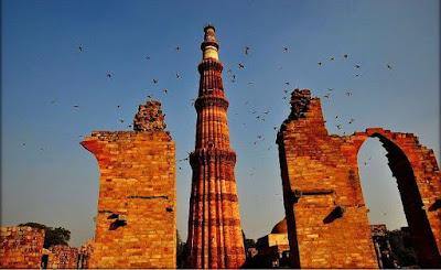 Best places to visit In Delhi, Qutub Minar