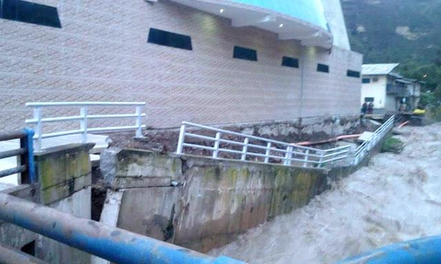 Gobierno declara en emergencia 104 distritos de Arequipa, Huánuco y Loreto por lluvias