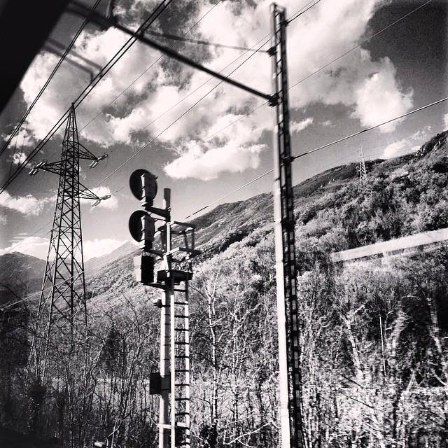 Traveling on a TGV train, somewhere from Turin to Paris - foto di Elisa Chisana Hoshi