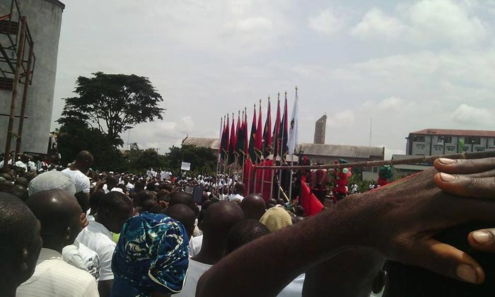 Soldiers kill one as Biafran War Memorial Day is observed in Anambra