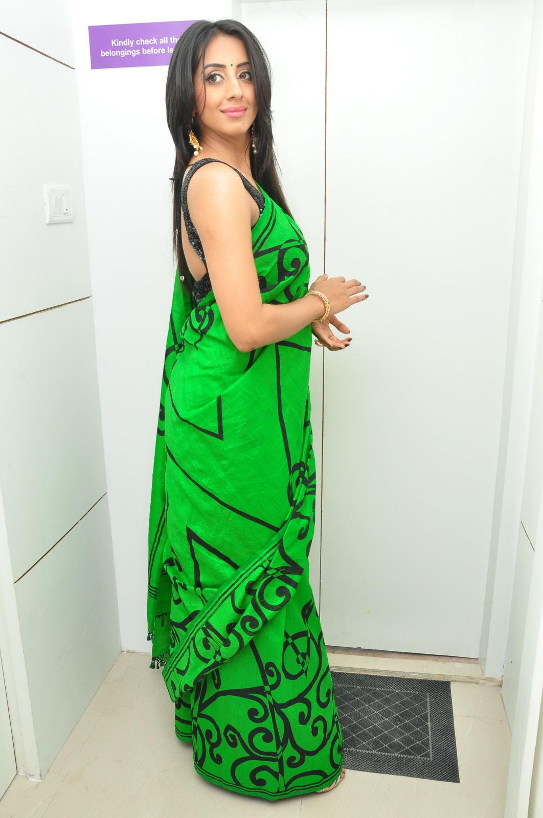 Sanjjana Glamorous at Naturals Saloon launch-HQ-Photo-9