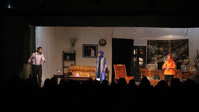 Galeri Foto: Drama Kehidupan Tuan Tabrin
