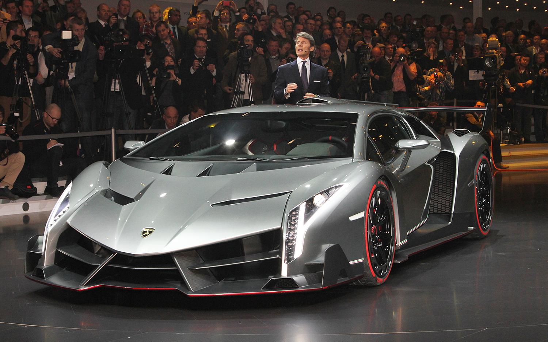 Apaixonados Por Carros Lamborghini Veneno Tem Exemplar A Venda Por