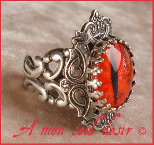 Bague oeil rouge red eye ring Mephisto