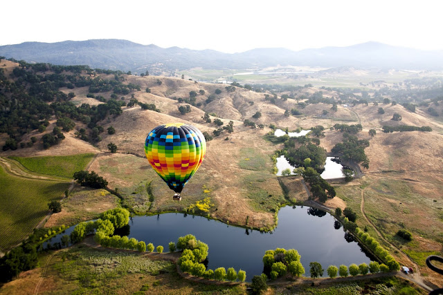 Hot air balloon in Napa