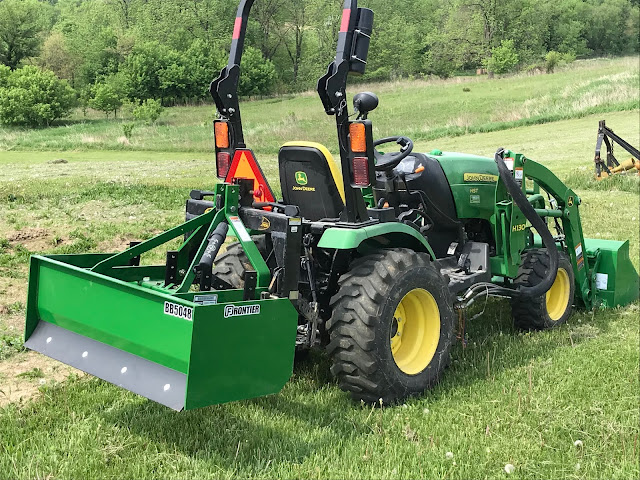 Woodward Acres: John Deere 2025r with H130 Loader and Frontier BB5048L Box Blade