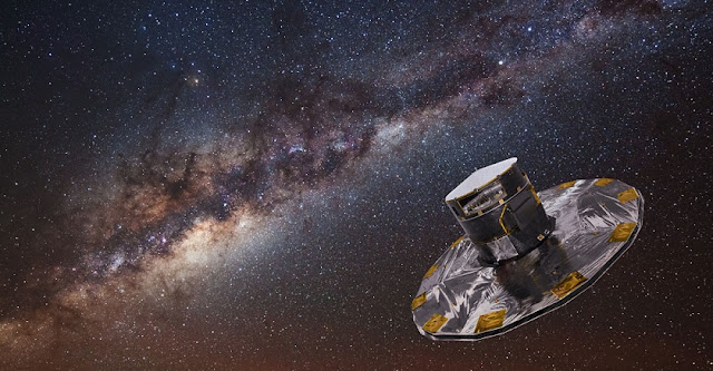 A composite image shows the Gaia spacecraft against a backdrop of the Milky Way Galaxy. Image: ESA/ATG medialab; background image: ESO/S. Brunier