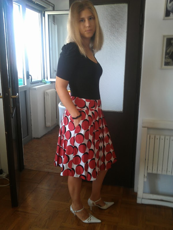 Stepalica Patterns: The Zlata skirt - testing the pattern