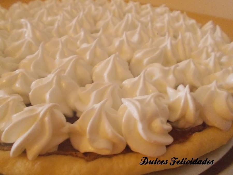 Tarta de nutella y merengue