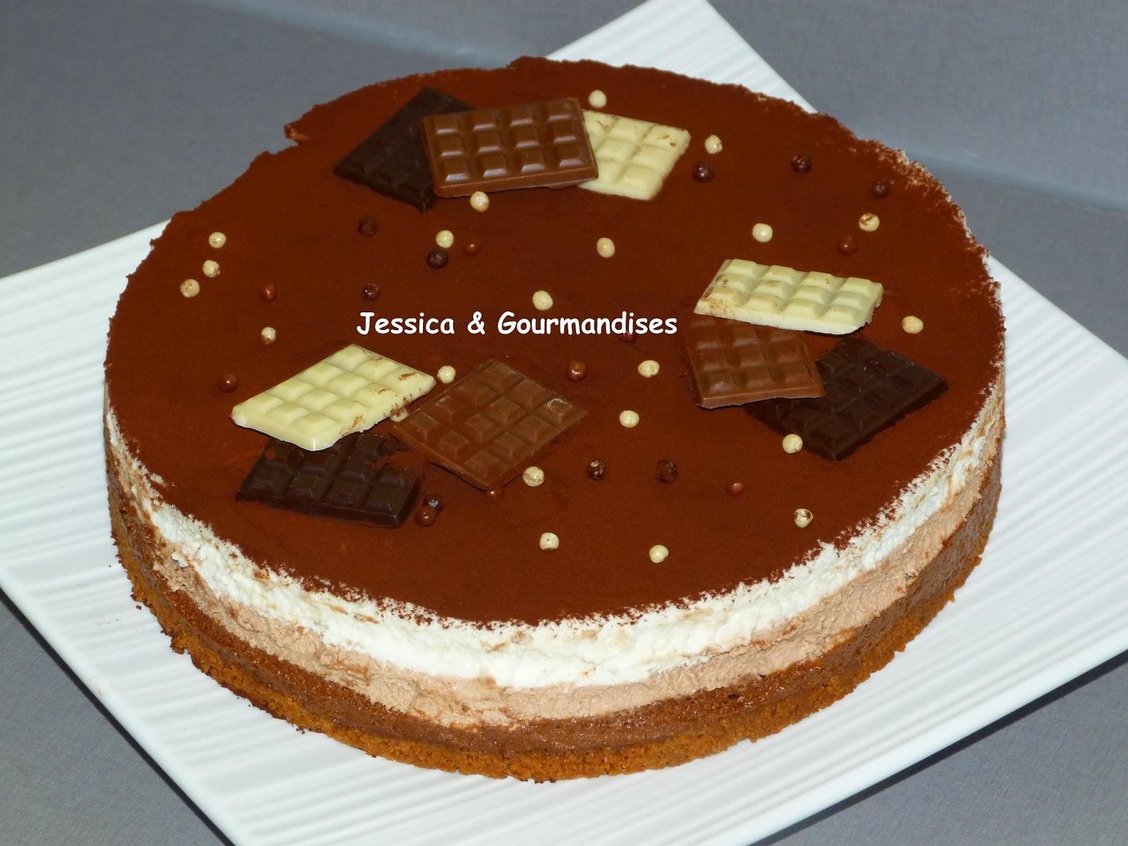 Jessica Gourmandises Entremet Aux Trois Chocolats Sur Un Biscuit