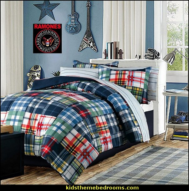 boys rooms  boys bedroom decorating ideas - boys bedrooms - decorating boys rooms - design ideas boys bedrooms - boys theme bedroom ideas - boys clubhouse theme bedroom ideas - no girls allowed bedroom ideas - boys bedroom furniture - bookcases - beds - shelves - storage