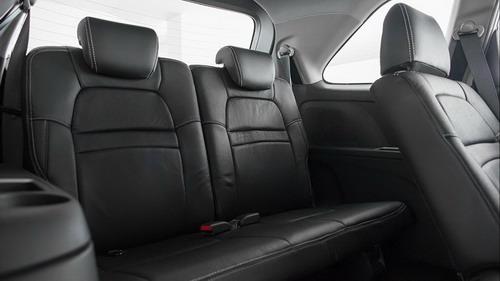 Perbandingan Interior Toyota Avanza Veloz vs. Honda Mobilio RS