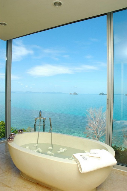 10 bathrooms with incredible views 5