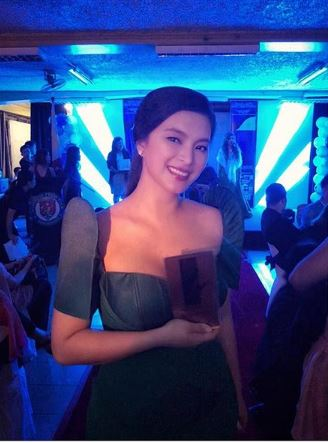 A Bishop Priest Painted Angel Locsin In An Art And Featured It In An Exhibit