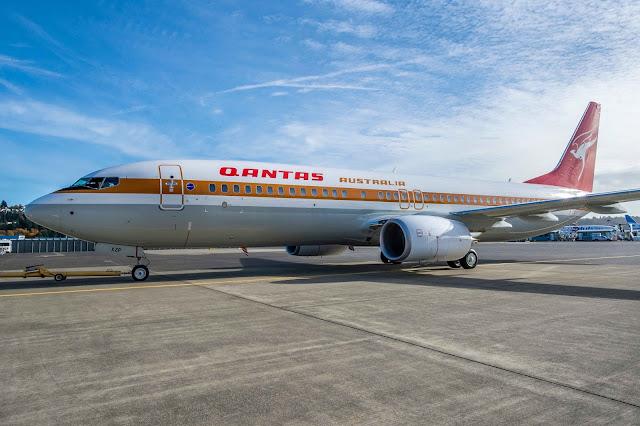 Qantas Boeing 737-800 Special Retro Livery