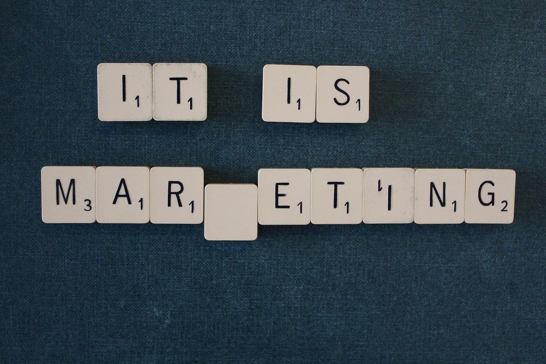 Czym jest buzz marketing i jak z niego korzystać?