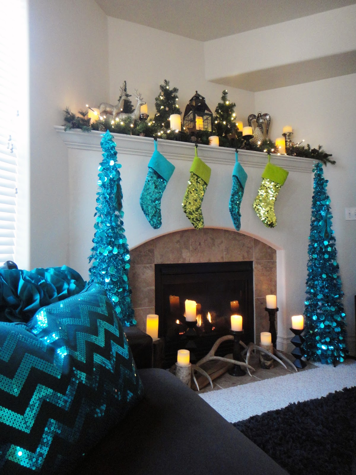 Xmas Decoration Ideas For Living Room: Worth Pinning: Sparkling Holiday Decor