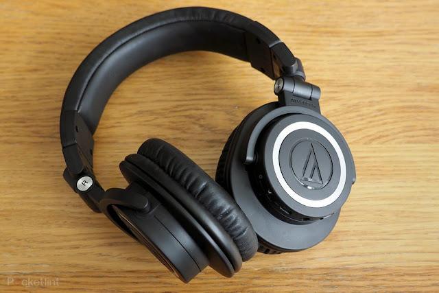 ऑडियो-टेक्निका ATH-M50xBT ब्लूटूथ हेडफ़ोन समीक्षा: बिग ऑडियो घर पर सबसे अच्छा लगता है