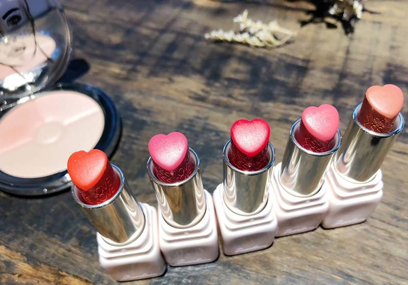 Guerlain-Glow-with-Love-Lipstick