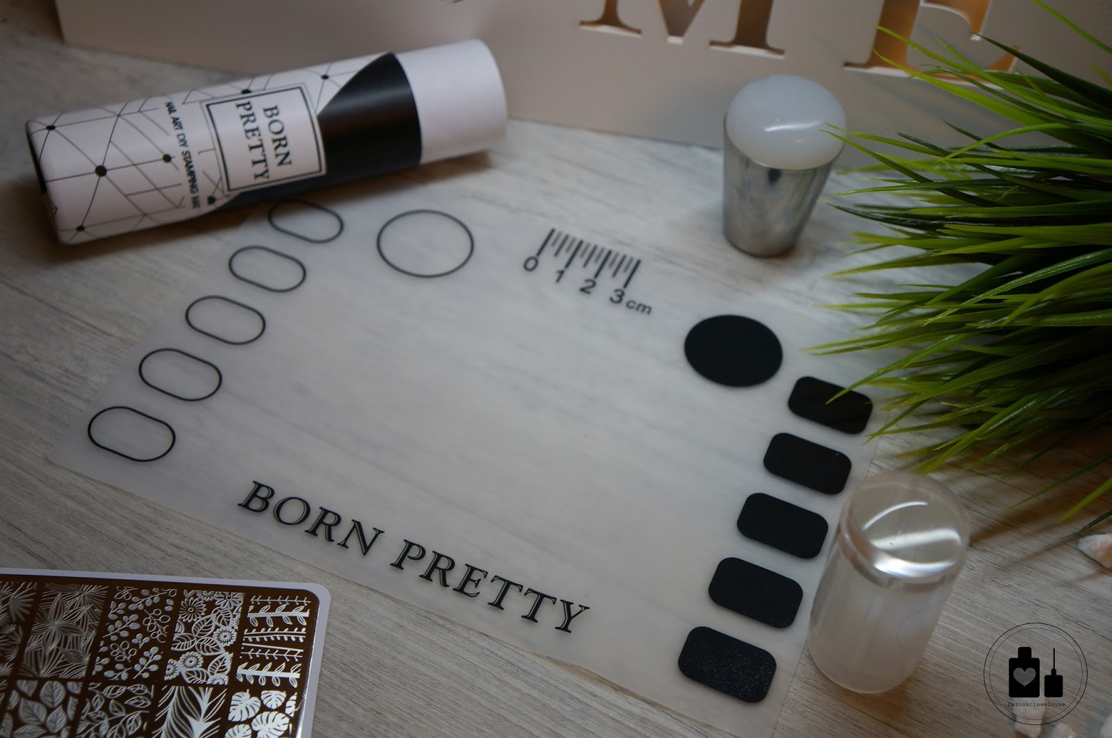 Mata silikonowa, Born Pretty Store