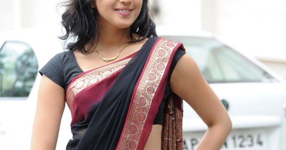 521 Entertainment World: Pranitha Latest Spicy Hot Navel Show In Saree