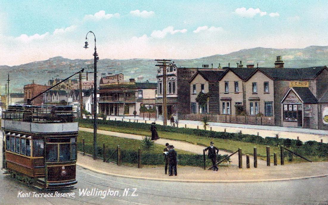 Transpress nz double deck tram to island bay wellington for 28 cambridge terrace wellington