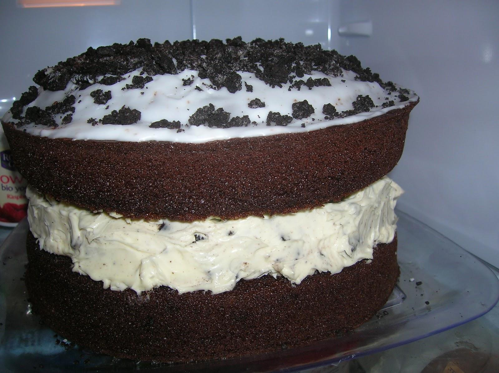 Naufy's Signature Giant Oreo Cookie Cake | Baking Naufy