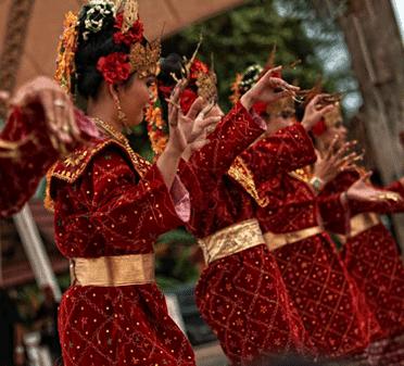Tari Mejeng Besuko / Basuko Tarian Daerah Sumatera Selatan