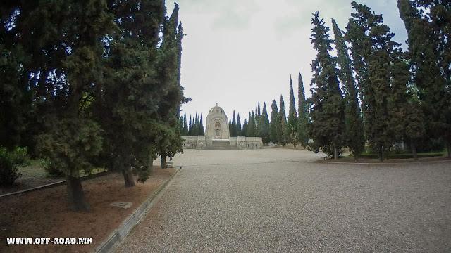 Serbian chapel with ossuary - Zeitinlik military cemetery - Thessaloniki, Greece