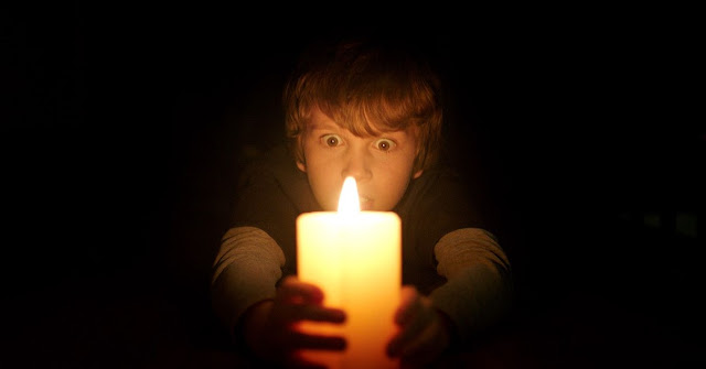 Quando as Luzes se Apagam | Terror sobrenatural ultrapassa US$ 100 milhões mundialmente