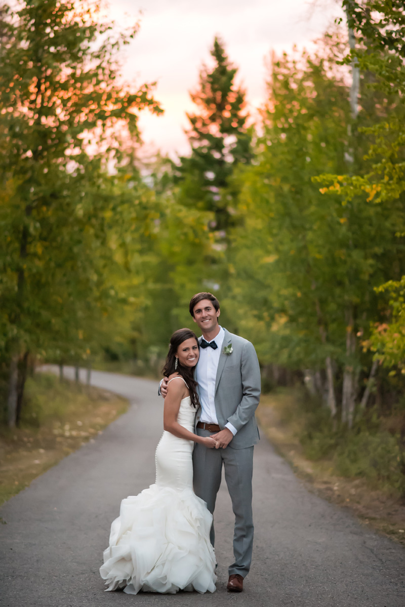 Montana Bride + Groom / Photography: Kelly Kirksey Photography / Planner: Tanya Gersh Events / Florist: Mum's Flowers