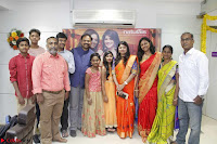 Actress Suja Varunee at Naturals Hair and Beauty Salon Launch ~  Exclusive 12.JPG