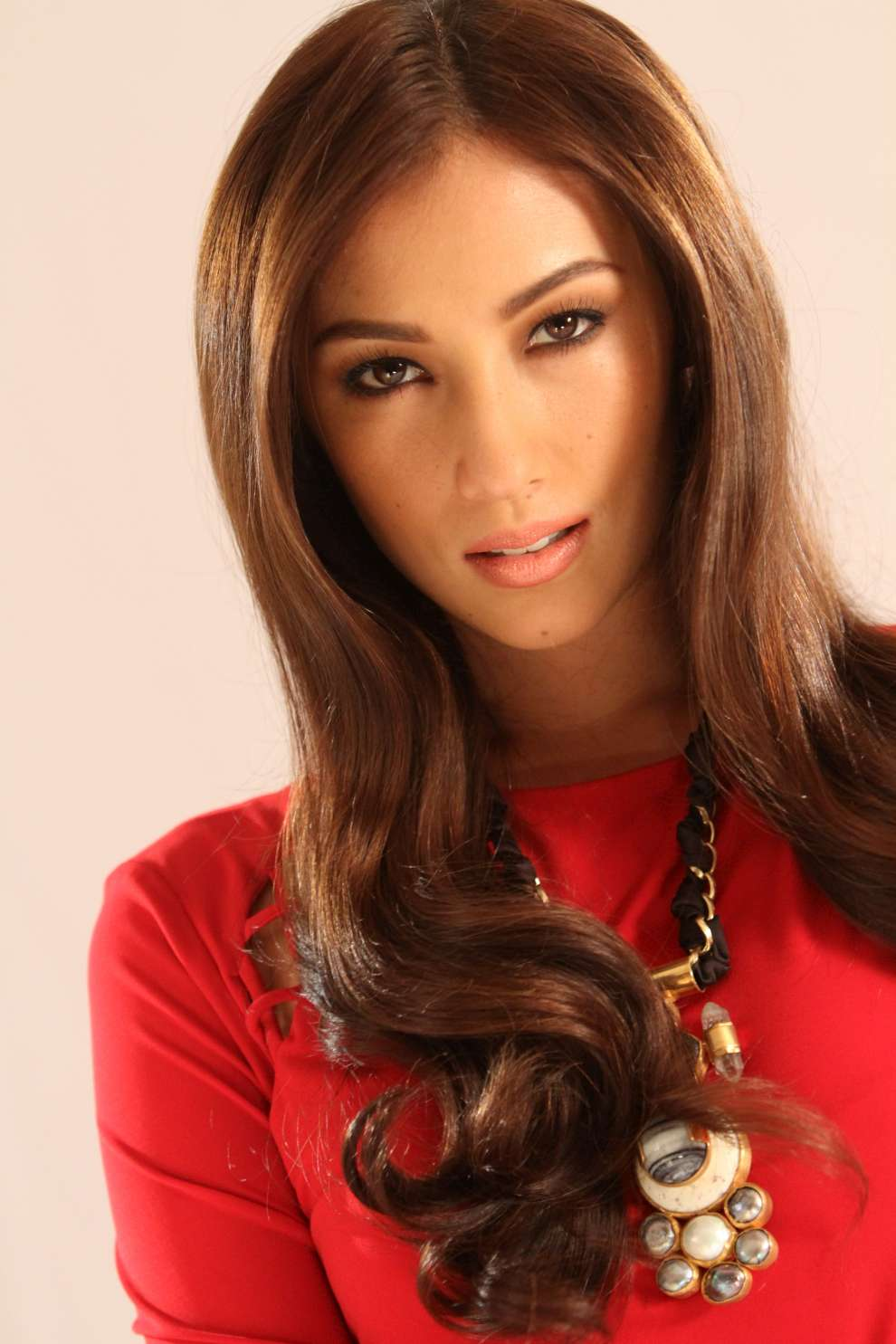 Filipinas Beauty French-Filipina Actress Solenn Heussaff-1983