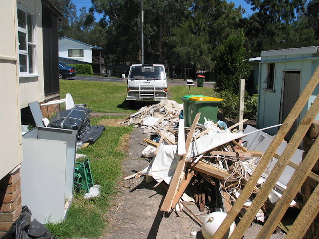 When You Should Hire Junk Hauling Services for Estate Clean Up
