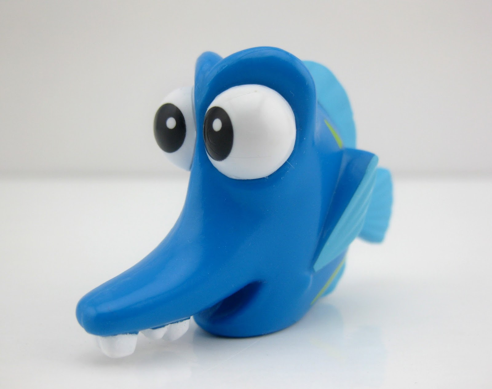 "Finding Dory Collectible Figure ""Blind Bags"" Series 4 kathy"